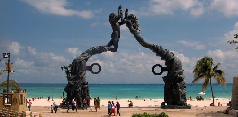 Renta de Autos en Playa del Carmen ebd8fab4aaf